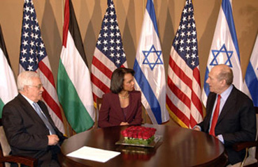 Low expectations are met at Olmert-Rice-Abbas summit