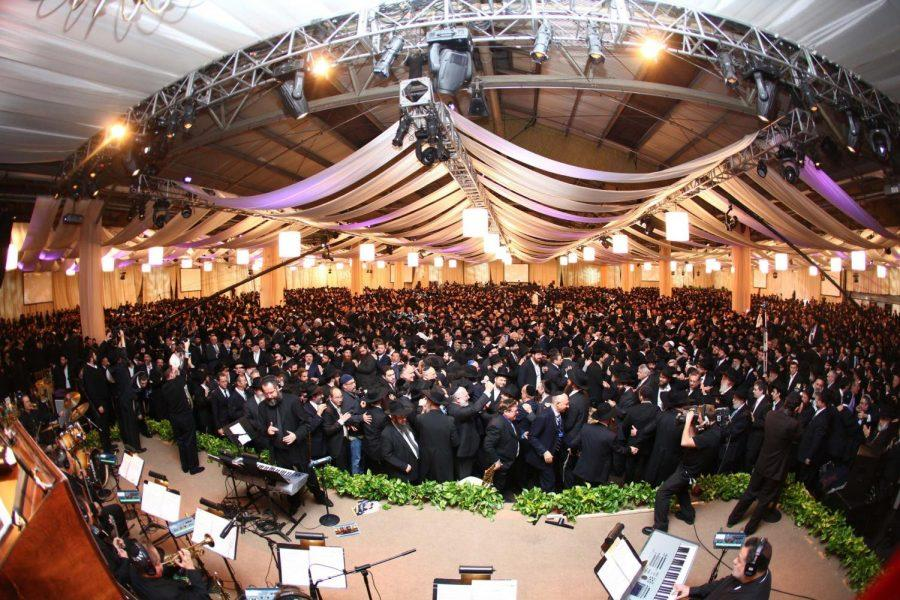 International Convention of Chabad Emissaries held Sunday in Brooklyn attracted 4,500 emissaries and supporters.