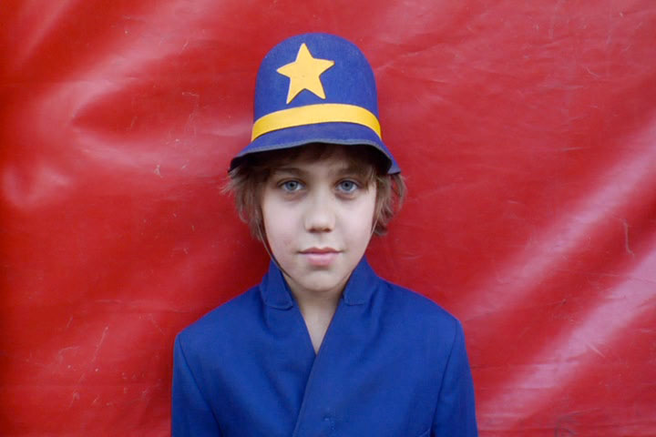 Kellin Hentoff-Killian is a young performer with the Circus Harmony group featured in