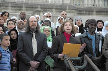 John Chasnoff of the American Civil Liberties Union and Gail Wechsler of the Jewish Community Relations Council of St. Louis join Muslims in Jefferson City, Mo. on April 12 to protest a proposed law banning sharia.  (Missouri News Horizon / Creative Commons)
