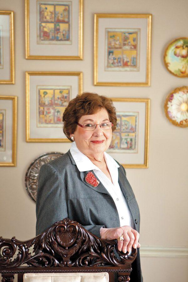 2011 Unsung Hero Phyllis Cantor in her Creve Coeur home. Photo: Lisa Mandel