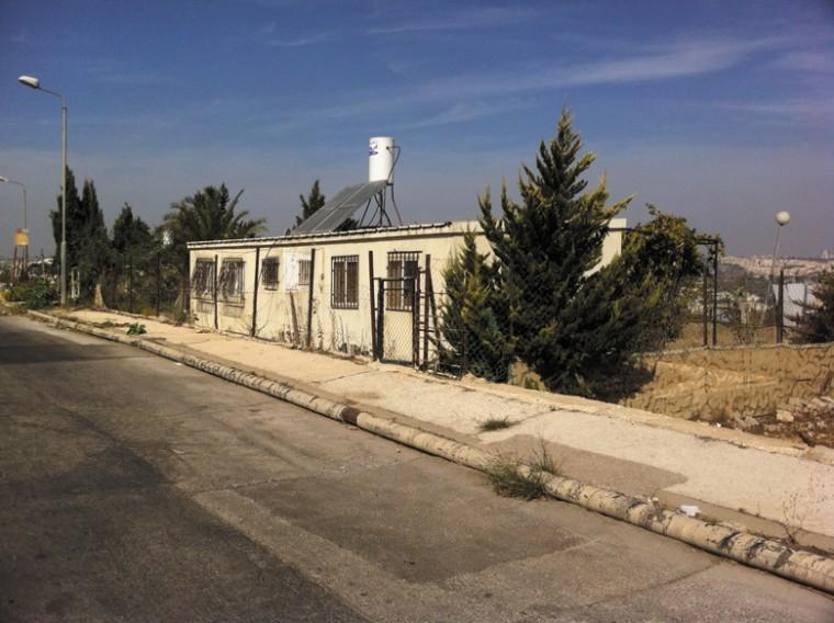 The Israeli governments plan to build 2,600 housing units in the vicinity of the Givat Hamatos neighborhood, seen here, has stirred debate. Photo: Jessica Steinberg