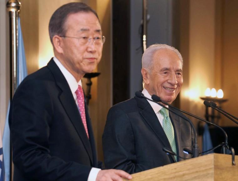 U.N. Secretary-General Ban Ki-moon, left, and Israeli President Shimon Peres at a joint news conference in Jerusalem, Feb. 1, 2012.