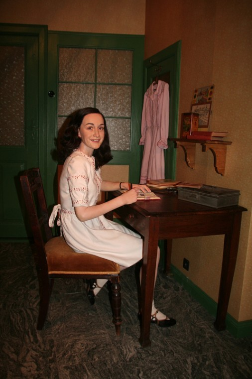 A wax likeness of Anne Frank has been installed at Madame Tussauds in Berlin -- in the room next to the Hitler figure.