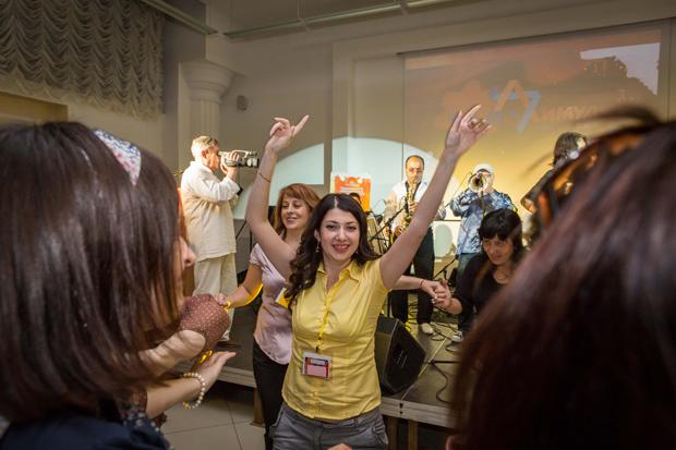 Participants+dancing+at+a+concert+held+to+celebrate+the+end+of+the+first+Limmud+FSU+conference+in+Moldova%2C+June+2012.%0A