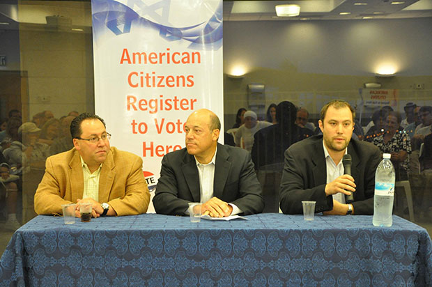 Left to right, Matthew Brooks, Ari Fleischer and Elie Pieprz in Modiin registering American citizens in Israel to vote in Novembers U.S. presidential elections, July 11, 2012.
