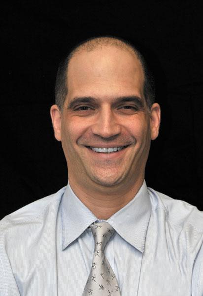 Dr. Martin Boyer