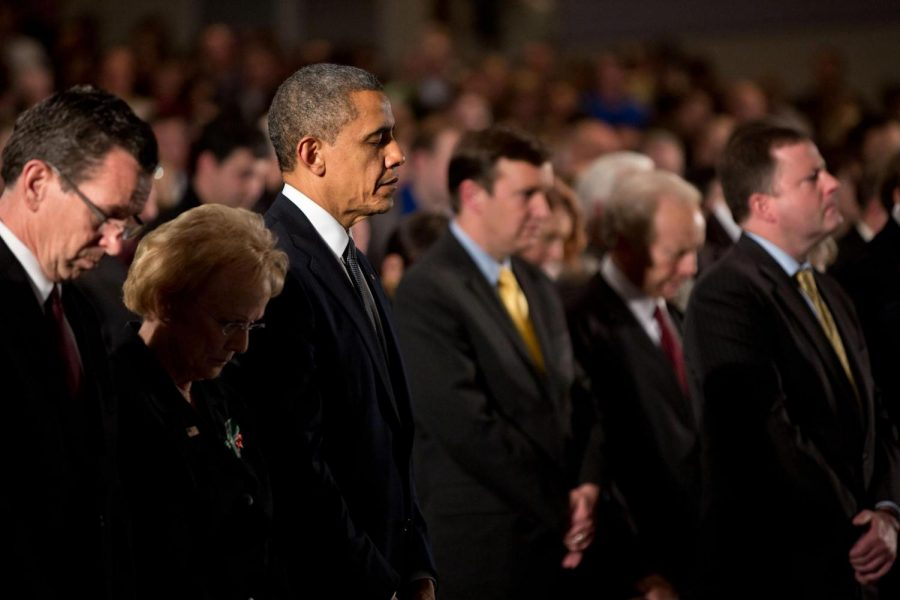 President+Obama+attends+the+Sandy+Hook+interfaith+vigil+at+Newtown+High+School+in+Newtown%2C+Conn.%2C+Dec.+16%2C+2012.+Photo%3A+Pete+Souza+%2F+White+House%0A