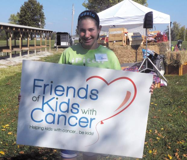 Jessie+Goldberg+dedicated+her+mitzvah+project+to+helping+people+with+cancer.%0A