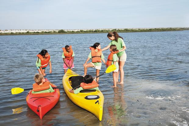 Teens+who+haven%E2%80%99t+yet+made+plans+for+this+summer+should+considering+checking+with+local+camps+to+see+if+counselors+are+still+being+hired.+%28ThinkStock%29