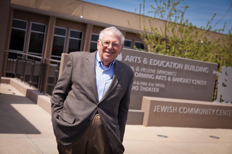 Marvin Beckerman outside the Jewish Community Center. Photo: Lisa Mandel