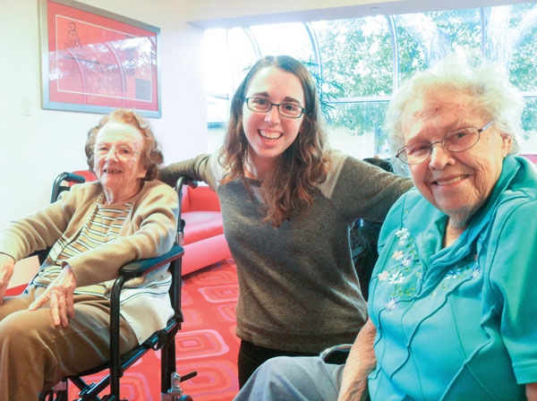 Mia Kweskin is pictured with both of her grandmothers in 2013.