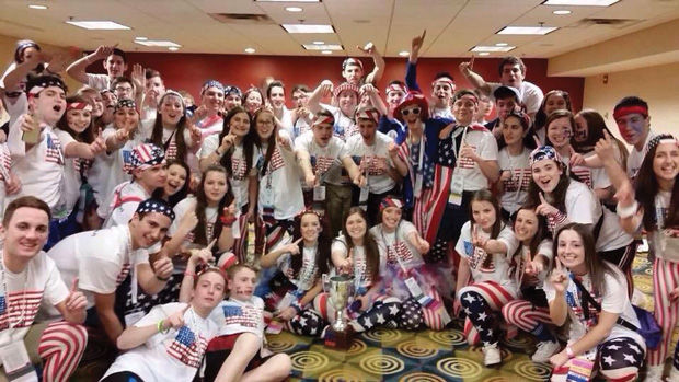 Students+from+the+Mid-American+BBYO+chapter+pose+with+new+and+old+friends+at+last+year%E2%80%99s+International+Convention.+The+convention+was+held+in+Atlanta%2C+GA+and+hosts+many+Jewish+people+from+all+around+the+United+States.
