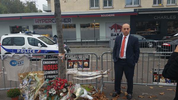 Jonathan+Greenblatt+at+the+Hyper+Cacher+supermarket+in+Paris%2C+November+2015.+Photo%3A+Courtesy+of+the+Anti-Defamation+League