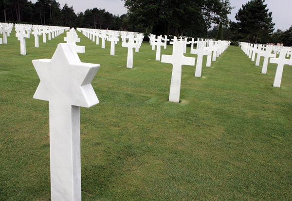 Grave markers in the Normandy American Cemetery and Memorial. Photo: Steve Granitz/Thinkstock
