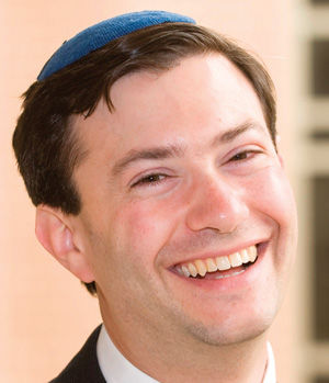 Rabbi Noah Arnow serves Kol Rinah.