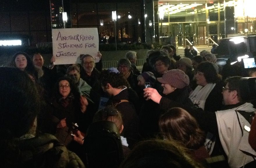 A+group+of+rabbis+protesting+outside+of+the+Trump+International+Hotel+in+New+York+City%2C+Feb.+6%2C+2017.+%28Ben+Sales%29