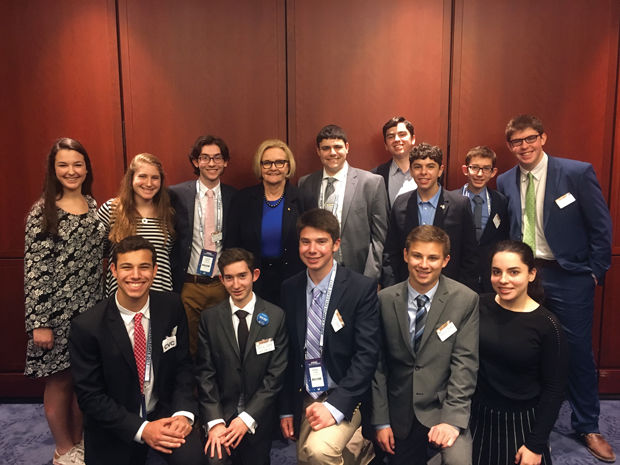 Young+members+of+the+St.+Louis+delegation+to+the+AIPAC+conference+in+Washington%2C+D.C.%2C+meet+with+Sen.+Claire+McCaskill.%C2%A0