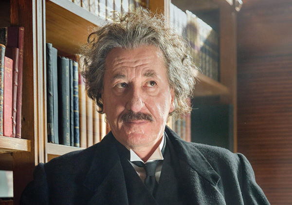 Geoffrey+Rush%C2%A0is+one+of+two+actors+portraying+Albert+Einstein+in+National+Geographic%E2%80%99s+new+series%2C+%E2%80%98Genius.%E2%80%99