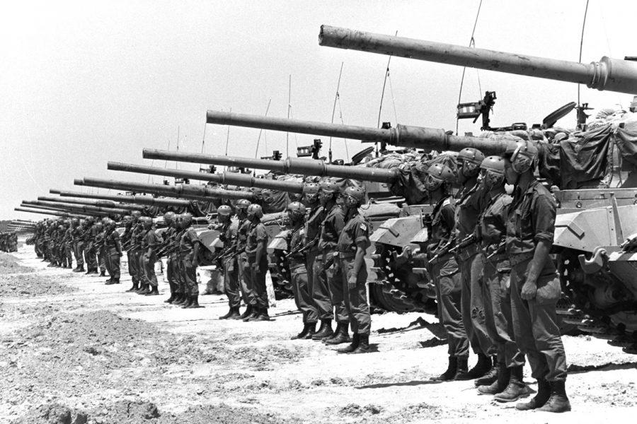 An+Israeli+armored+unit+of+Centurion+tanks+mounted+with+105+mm+guns+stand+in+the+Negev+in+May%2C+1967%2C+just+days+before+the+start+of+the+Six-Day+War.+Photo%3A+FRITZ+COHEN%2FGPO