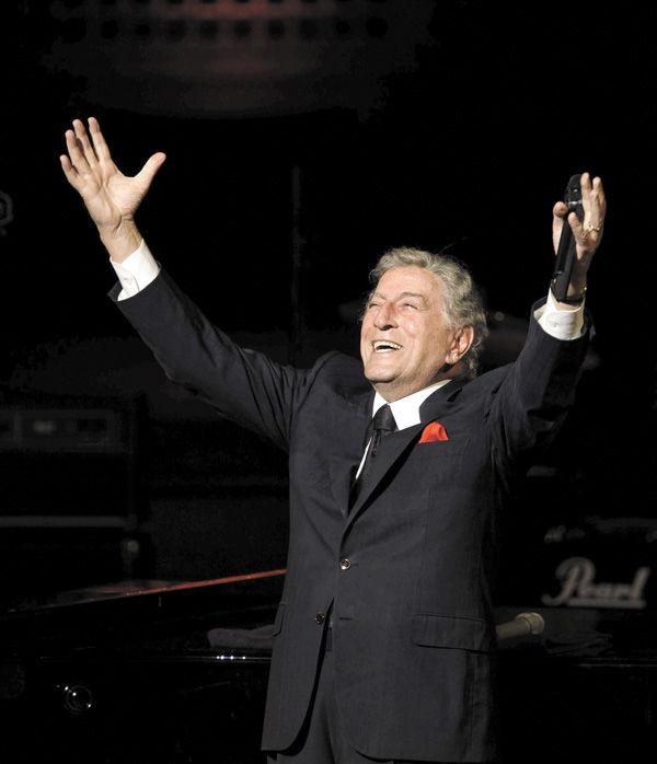 Tony Bennett entertains at Davies Symphony Hall in 2010.Photo: : Michael Macor/San Francisco Chronicle / Polaris