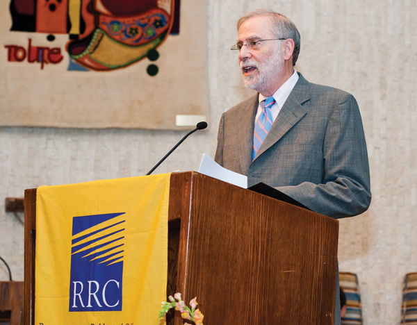 David Roberts speaks at the 2016 graduation ceremony of the Reconstructionist Rabbinical College (RRC). For 11 years, Roberts has served as board chair of the RRC.