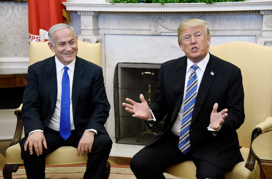 President+Donald+Trump%2C+right%2C+with+Israeli+Prime+Minister+Benjamin+Netanyahu+in+the+Oval+Office+of+the+White+House%2C+March+5%2C+2018.+%28Olivier+Douliery%2FPool%2FGetty+Images%29