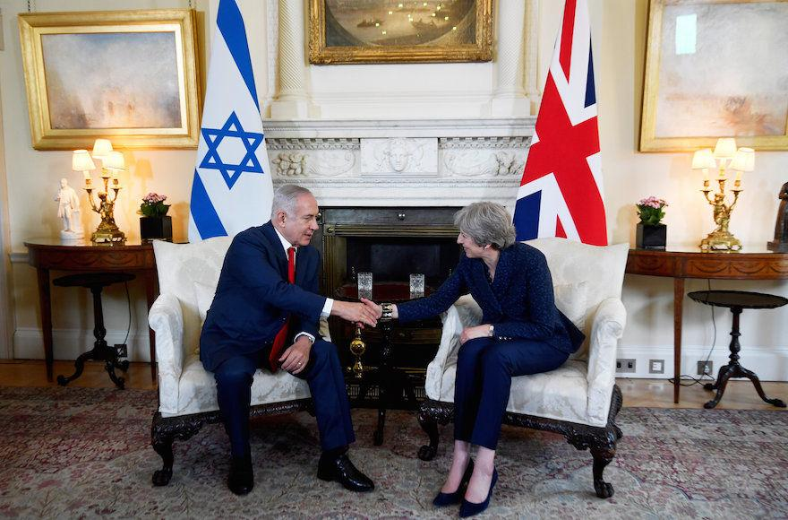 Britain%E2%80%99s+Prime+Minister+Theresa+May+welcoming+Israel%E2%80%99s+Prime+Minister+Benjamin+Netanyahu+to+10+Downing+Street+in+London%2C+June+6%2C+2018.+%28Toby+Melville+%E2%80%93+WPA+Pool%2FGetty+Images%29