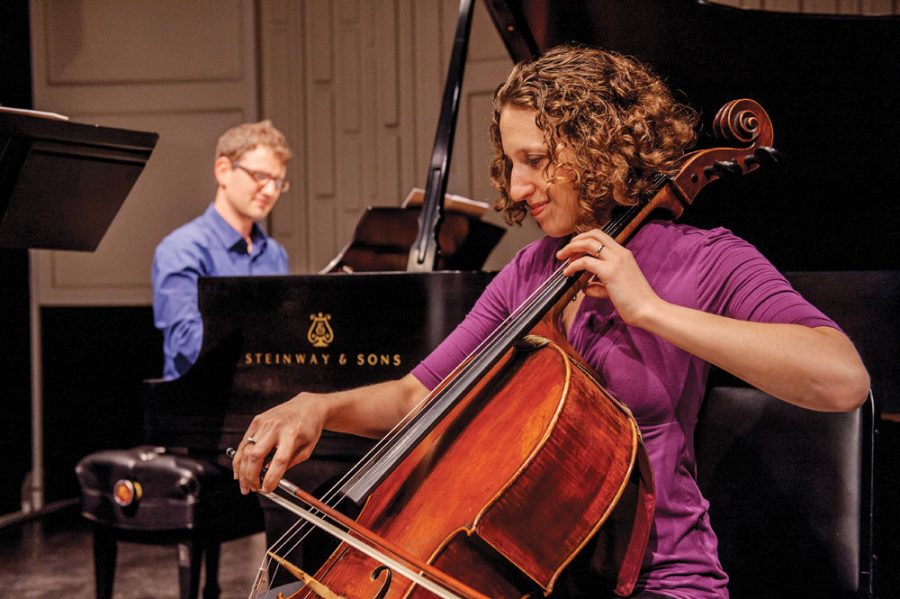 Sara+Sitzer+is+an+accomplished+cellist+who+is+a+member+of+the+Elgin+%28Ill.%29+Symphony+and+the+founding+artistic+director+of+the+Gesher+Music+Festival.%C2%A0%C2%A0%C2%A0