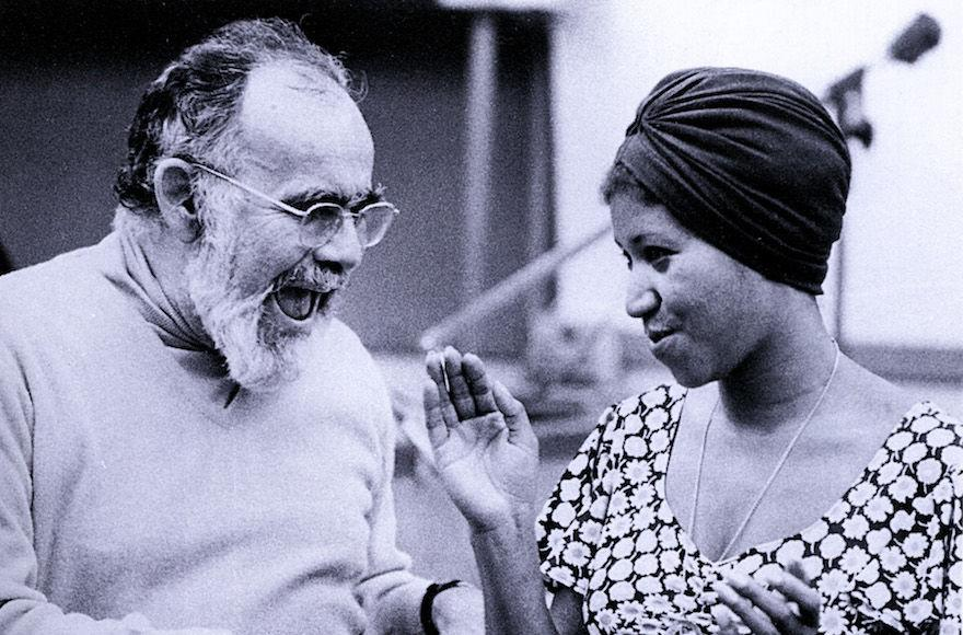 Jerry+Wexler+and+Aretha+Franklin+in+a+recording+studio+in+1960.+%28GAB+Archive%2FRedferns%29