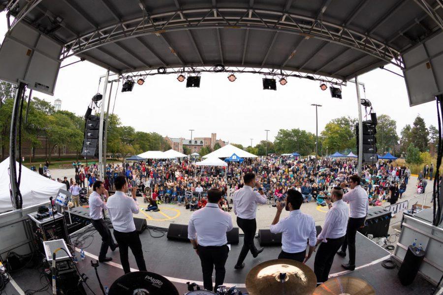 Jewish Federation of St. Louis and the J sponsored the Sababa Jewish Arts and Culture Festival on Sunday, Oct. 14 at Washington University. Photo: Zach Dalin Photography