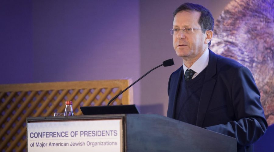 Jewish+Agency+Chairman+Isaac+Herzog+speaks+at+the+Conference+of+Presidents+of+Major+American+Jewish+Organizations%E2%80%99+leadership+meeting+in+Jerusalem%2C+Feb.+18%2C+2019.+Herzog+believes+it%E2%80%99s+still+possible+to+bridge+between+Israeli+and+American+Jews.+%28Hadas+Parush%2FFlash90%29