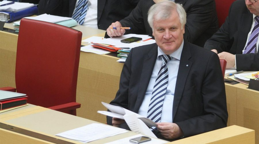 German+Interior+Minister+Horst+Seehofer+attending+a+cabinet+meeting+in+Munich%2C+Germany+on+April+11%2C+2013.+%28Wikimedia+Commons%2FMichael+Lucan%29