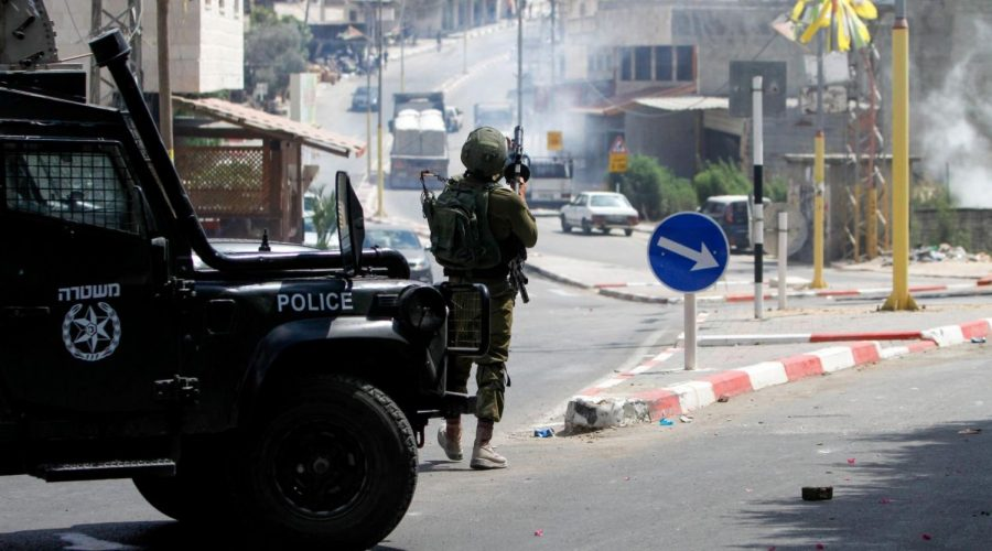 Israeli+security+forces+clash+with+Palestinians+during+searches+following+a+stabbing+attack+in+the+West+Bank+village+of+Azzun%2C+on+Sept.+7%2C+2019.+%28Nasser+Ishtayeh%2FFlash90%29%C2%A0