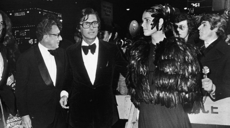Robert+Evans+%28center%29+with+Henry+Kissinger+and+actress+Ali+MacGraw+at+the+1972+premiere+of+%22The+Godfather.%22+Photo%3A+Hulton+Archive%2FGetty+Images