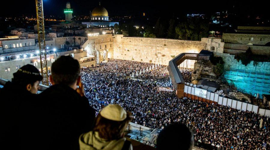 Thousands+attend+Selichot%2C+or+penitential+prayers+at+the+Western+Wall+in+the+Old+City+of+Jerusalem+early+on+Oct.+8%2C+2019%2C+prior+to+the+start+of+Yom+Kippur.+%28Yonatan+Sindel%2FFlash90%29%C2%A0