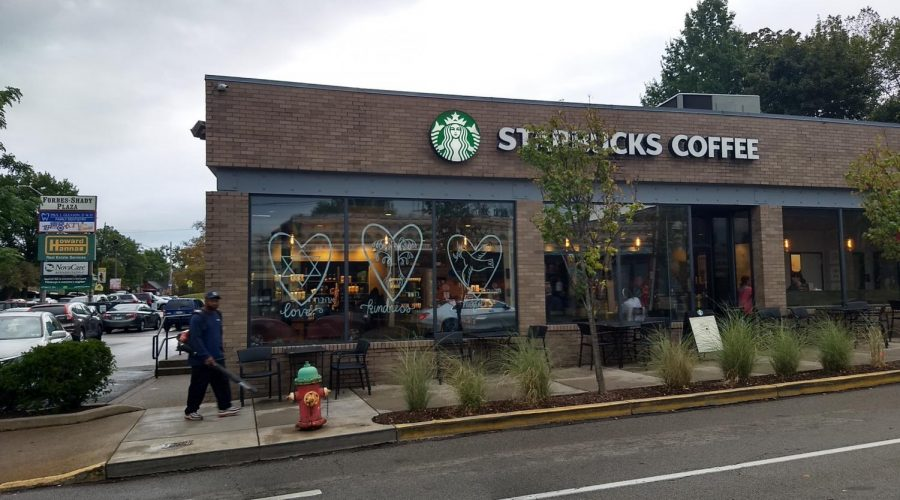The+window+of+the+Starbucks+in+the+Squirrel+Hill+neighborhood+of+Pittsburgh+bears+three+hearts+with+the+words+%E2%80%9Clove%2C%E2%80%9D+%E2%80%9Ckindness%E2%80%9D+and+%E2%80%9Chope%E2%80%9D+written+in+English+and+Hebrew.+%28Ben+Sales%29