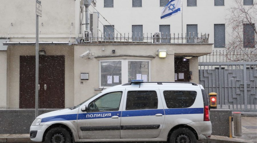 A+police+car+sits+outside+the+shuttered+embassy+of+Israel+in+Moscow%2C+Oct.+30%2C+2019.+Photo%3A+Gavriil+Grigorov%2FGetty+Images%C2%A0