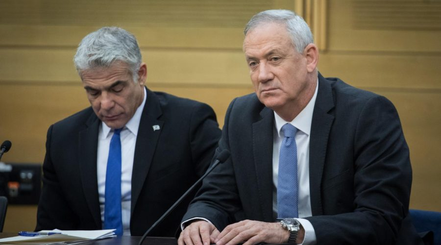 Blue+and+White+party+chairmen+Benny+Gantz+and+Yair+Lapid+during+a+faction+meeting+at+the+Knesset%2C+the+Israeli+parliament+in+Jerusalem%2C+Nov.+18%2C+2019.+%28Hadas+Parush%2FFlash90%29