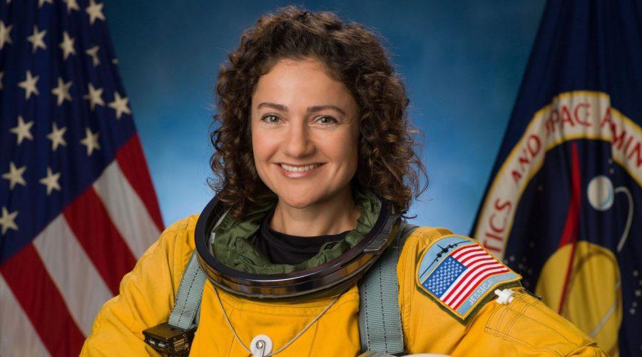 Jessica+Meir+is+seen+in+her+official+NASA+portrait.+%28NASA%2FRobert+Markowitz%29