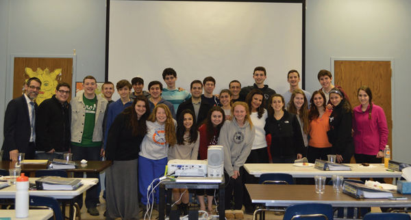 The+2015+class+of+the+Jewish+Student+Union%E2%80%99s+Galia+%26amp%3B+Milton+Movitz+Senator+John+Danforth+Israel+Scholars+Program.+JSU+Director+Rabbi+Mike+Rovinsky+is+at+left+and+Galia+Movitz+is+sixth+from+the+right+in+the+first+row.+A+new+year+of+the+Israel+Scholars+Program+begins+Nov.+2.