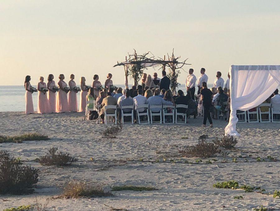 The+beach+wedding+on+North+Captiva.+Photo%3A+Ellen+Futterman+%C2%A0%C2%A0
