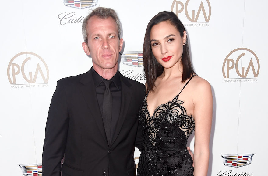 Gal+Gadot+with+her+husband+Yaron+Versano+at+the+Producers+Guild+Awards+at+The+Beverly+Hilton+Hotel+in+Beverly+Hills%2C+Calif%2C+Jan.+20%2C+2018.+%28Frazer+Harrison%2FGetty+Images%29