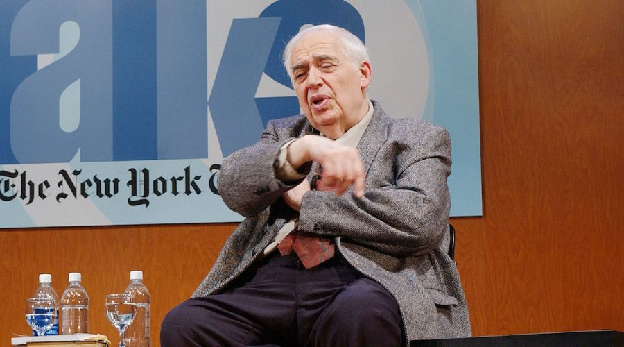 Harold Bloom talks to an audience at the CUNY campus in New York City, March 9, 2003. (Mark Mainz/Getty Images)