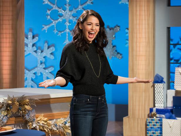 Molly+Yeh+is+the+host+of+Food+Network%E2%80%99s+%E2%80%9CThe+Ultimate+Hanukkah+Challenge%2C%E2%80%9D+which+airs+Dec.+21.