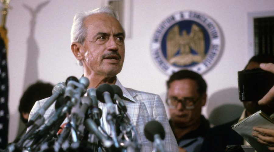 Marvin+Miller+at+a+press+conference+in+the+mid-1970s.+%28Focus+on+Sport%2FGetty+Images%29