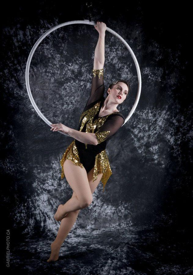 A+former+artist+with+Ringling+Bros.+and+Barnum+%26amp%3B+Bailey+Circus%2C+Elliana+Grace+now+teaches+aerial+at+Circus+Harmony.+Photo+by+GABRIELPHOTO.CA