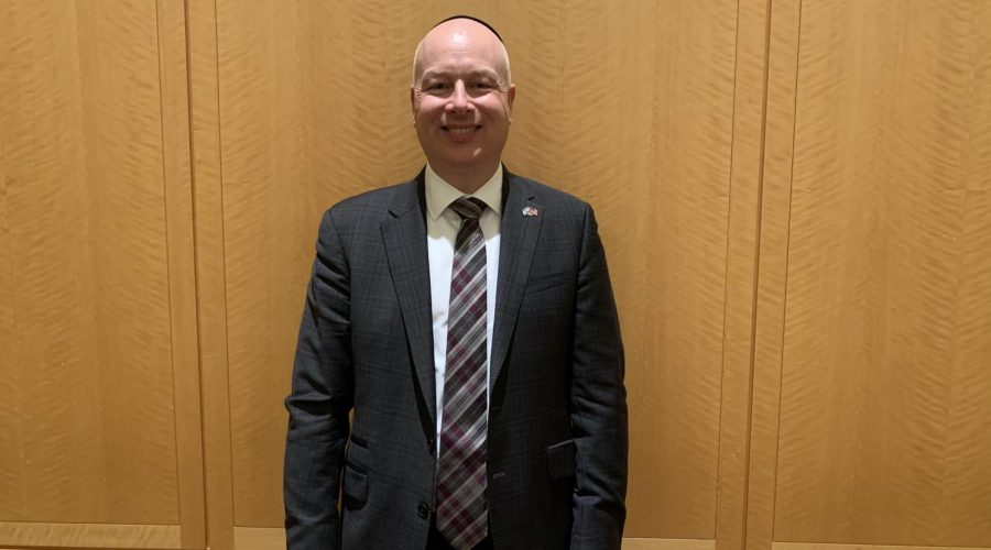 Jason Greenblatt after speaking at Congregation Keter Torah in Teaneck, N.J., Jan 12, 2020. (Josefin Dolsten)
