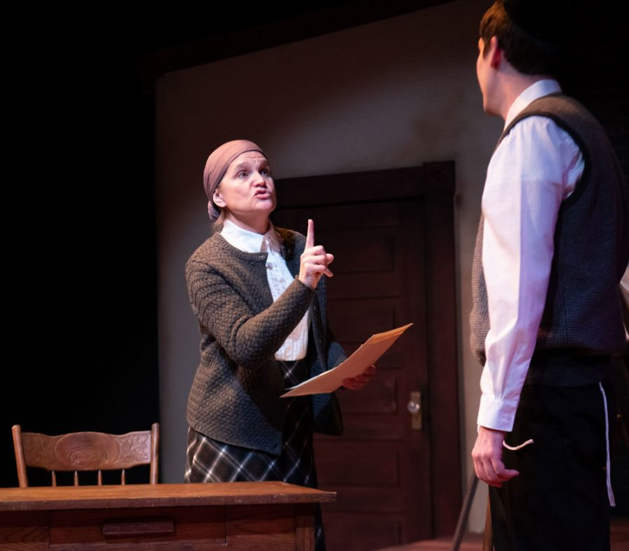 Amy+Loui+and+Spencer+Sickmann+perform+in+New+Jewish+Theatre%E2%80%99s+production+of+%E2%80%98My+Name+Is+Asher+Lev.%E2%80%99%C2%A0%C2%A0