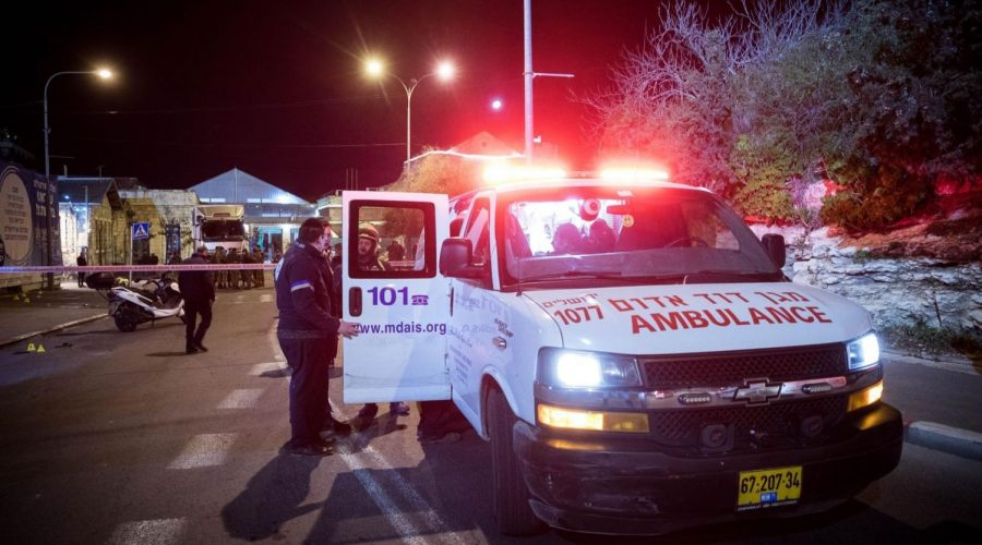 Police+and+rescue+personnel+at+the+scene+of+a+car-ramming+attack+near+an+entertainment+center+in+central+Jerusalem+that+injured+12+soldiers+early+on+Feb.+6%2C+2020.+%28Yonatan+Sindel%2FFlash90%29